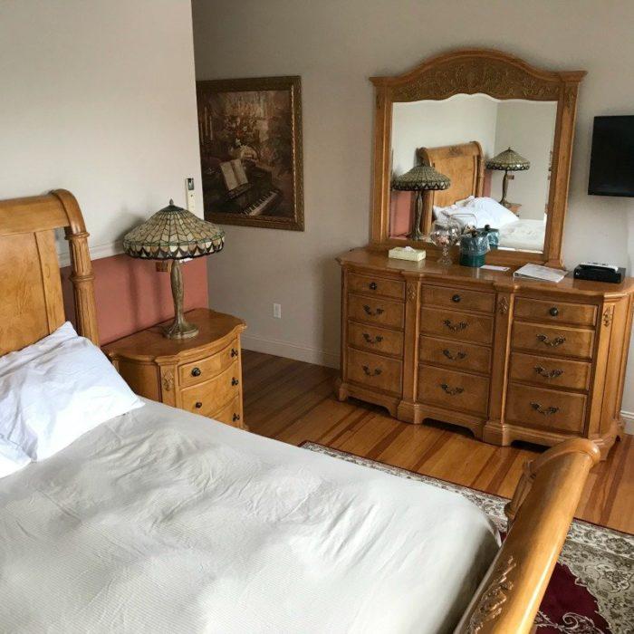 Christina-room-at-ashley